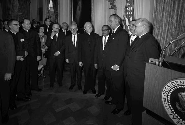 President Lyndon Johnson with the National Interreligious Convocation on Civil Rights