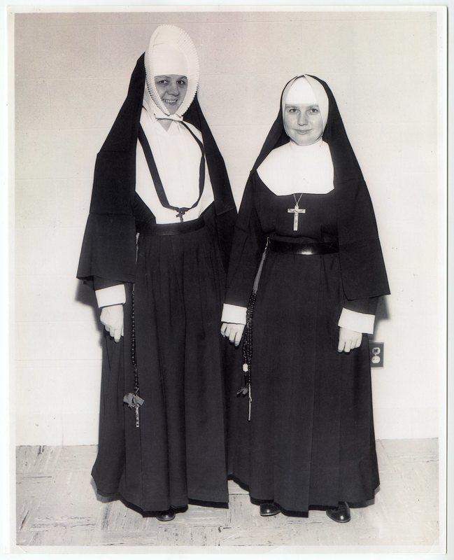 Sisters of Bon Secours modeling habits