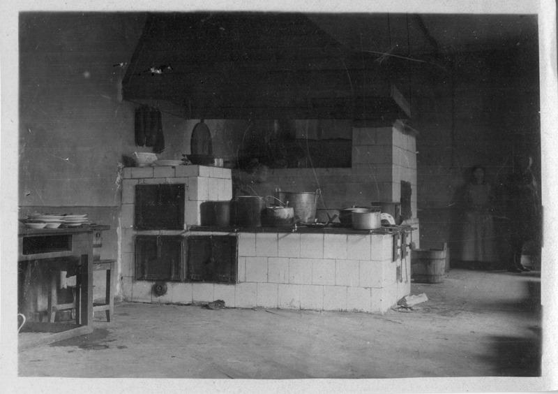 World War I-era American Red Cross cookstove